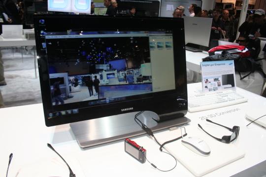 Samsung představil 3D Monitor na CES 2011 - fotogalerie