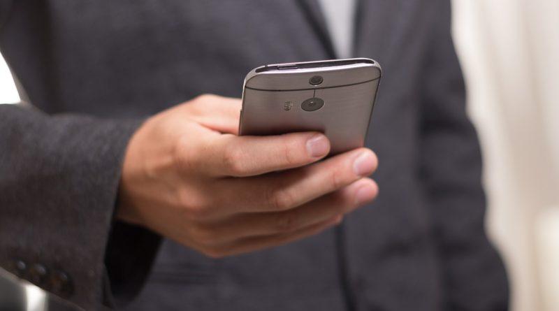 Jsou mobily nebezpečné? Vědci stále nemají jasno