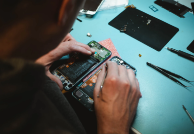 Je možné rozbitý displej u iPhonu repasovat a opravit?